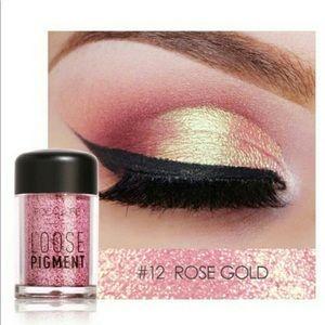 Other - Silky Glimmer Eye Shadow Powder #12 Rose Gold